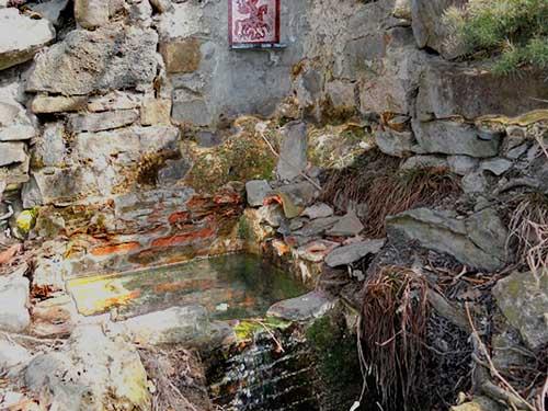 Гора Ай Георгий Судак, Крым. Источник св Георгия: http://kraysolnca.com/gora-ay-georgiy.html
